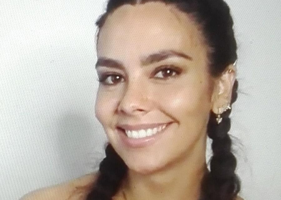 Cristina Pedroche en una imagen tomada desde el ordenador durante la presentación para Braun